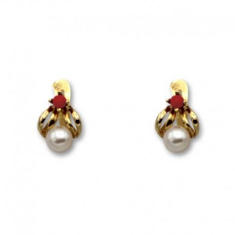 Pendiente de oro hoja coral y perla 1ª postura