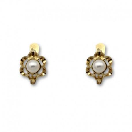 Pendiente de oro arquillo floral perla 1ª postura