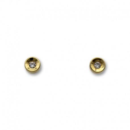 Pendiente de oro con forma de boton en relieve 4mm